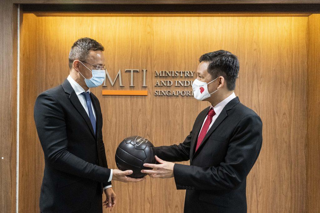 FM Szijjártó: Good Singapore-Hungary Ties to Benefit Companies post's picture