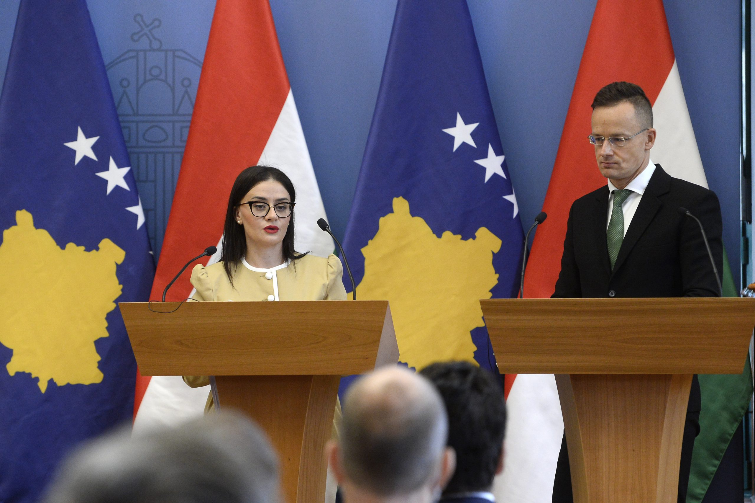 FM Szijjártó Meets Kosovo's FM: W Balkans' EU Integration Hungary's Strategic Interest