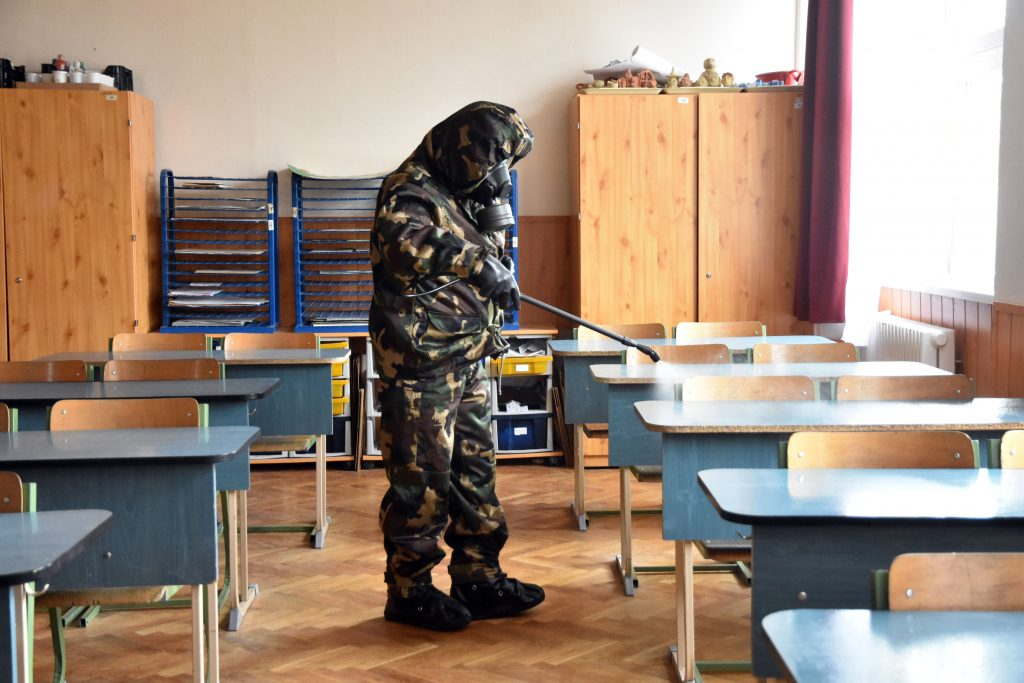 Coronavirus: 71 Schools Suspended Teaching in Hungary post's picture