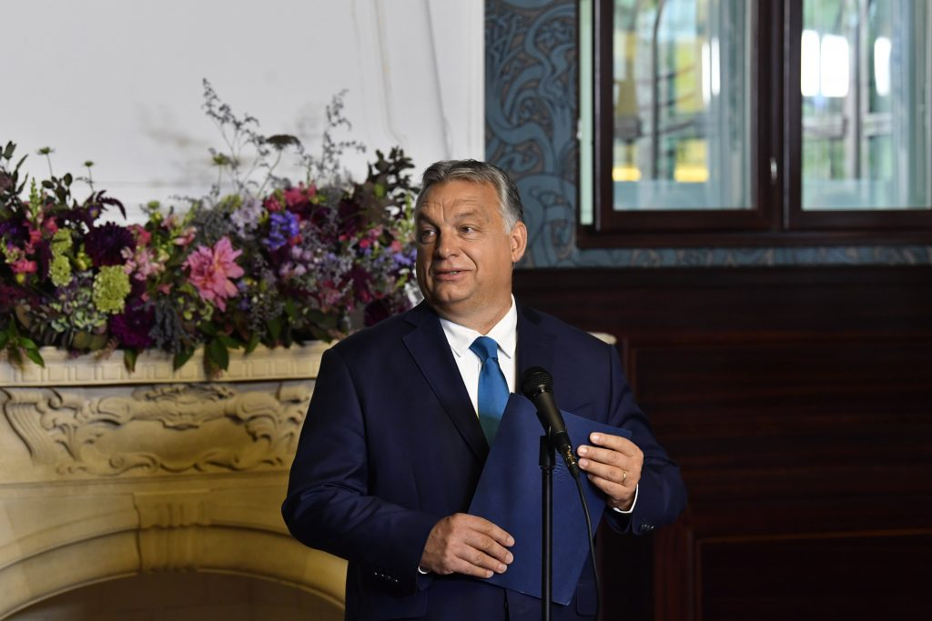 Orbán Congratulates Former Minister on Election to Bishop post's picture