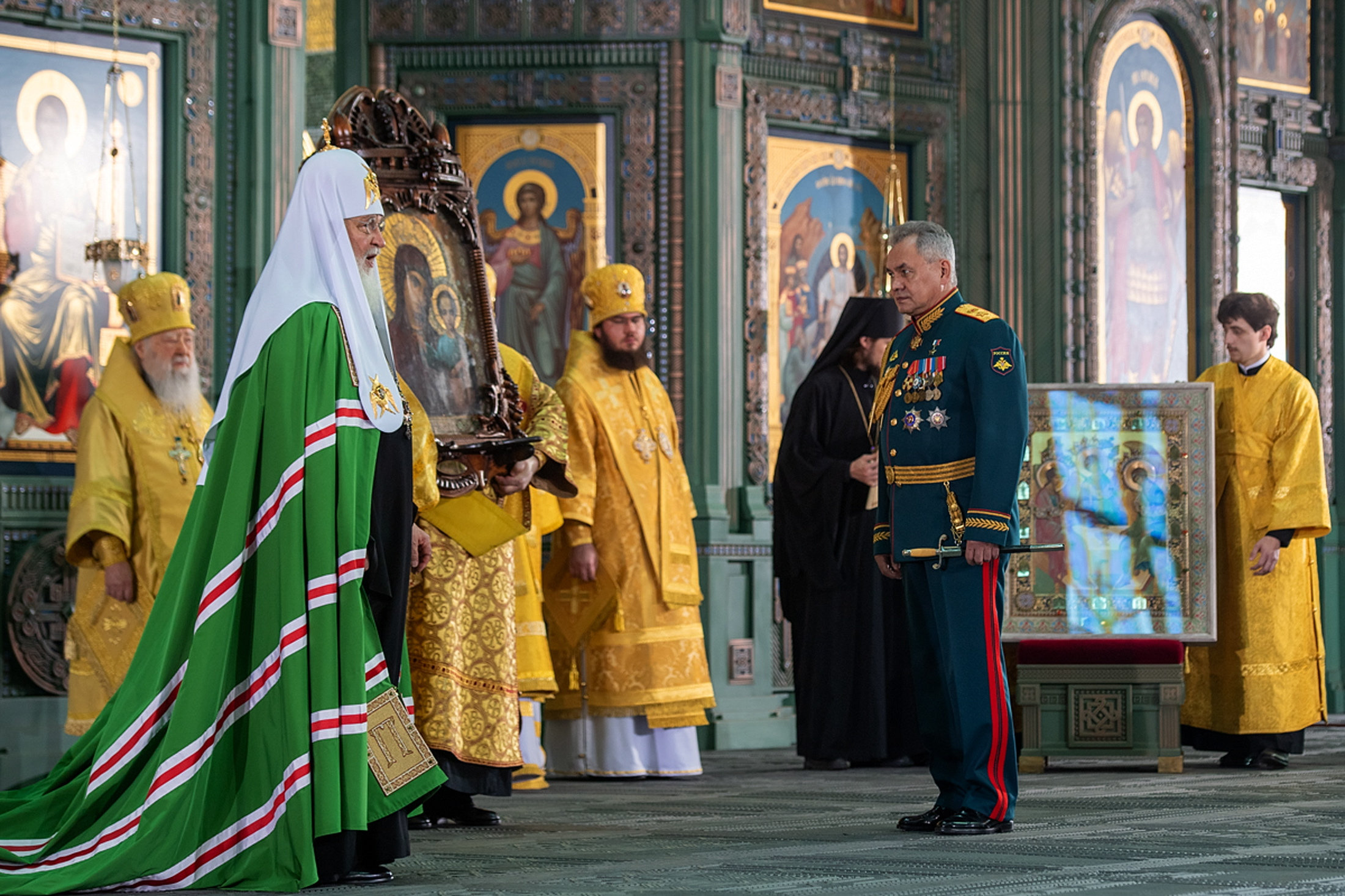 Newly Inaugurated Russian Cathedral Depicts Historical Victories, Including Crushing of 1956 Hungarian Revolution
