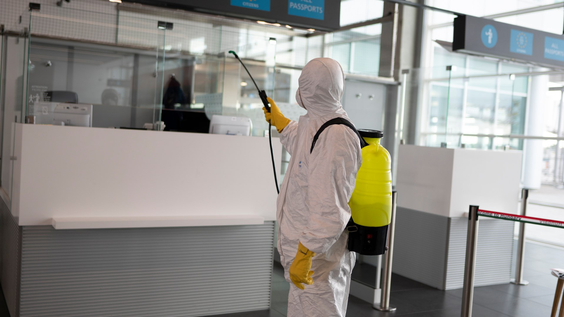 Gov't Blocked Crucial Loan for Budapest Airport amid Coronavirus Traffic Downhill in Spring