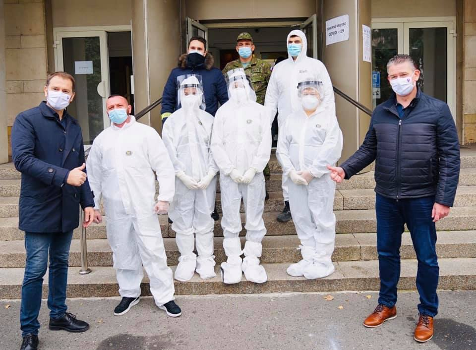 200 Hungarian Healthcare Professionals and Students Help With Slovakia's Mass-testing