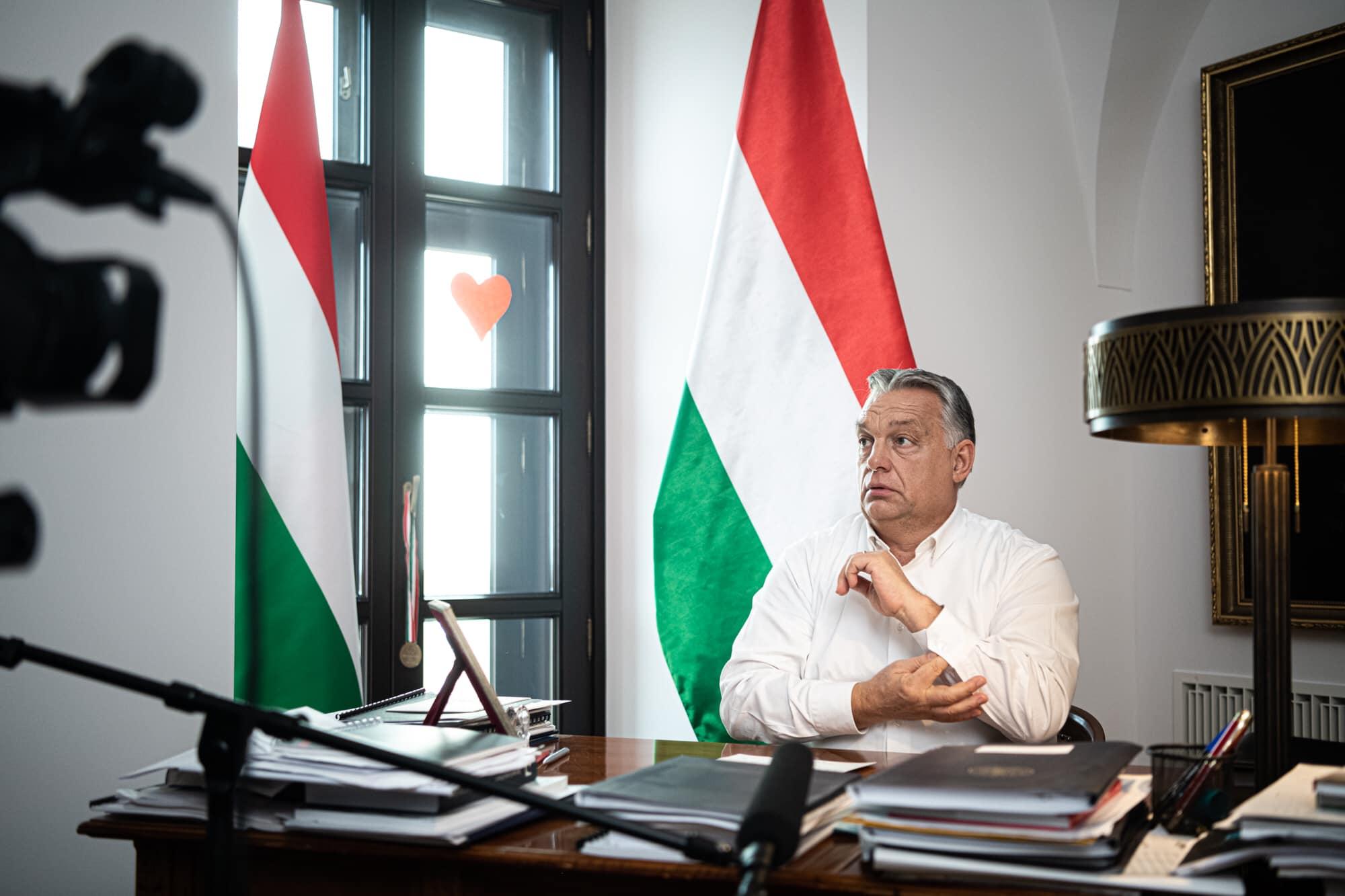 Hungarian Press Roundup: First Appraisals of 2020