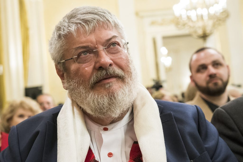 Renowned Poet and Ministerial Advisor Géza Szőcs Dies at 67 post's picture