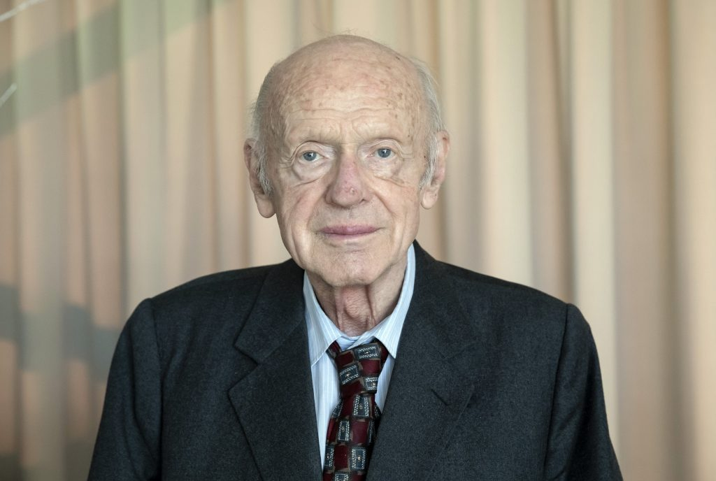 József Halzl, Honorary Life Chairman of Rákóczi Association Dies at 86 post's picture