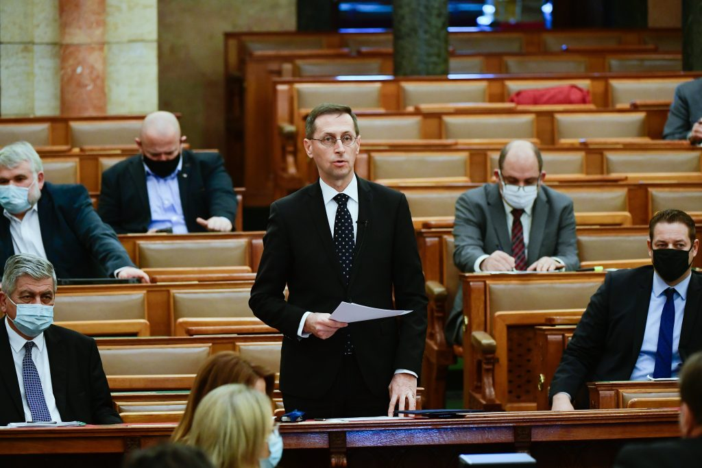 Finance Minister: Opposition's Proposals Would 'Upset' Next Year's Budget with HUF 8,800 Bn post's picture
