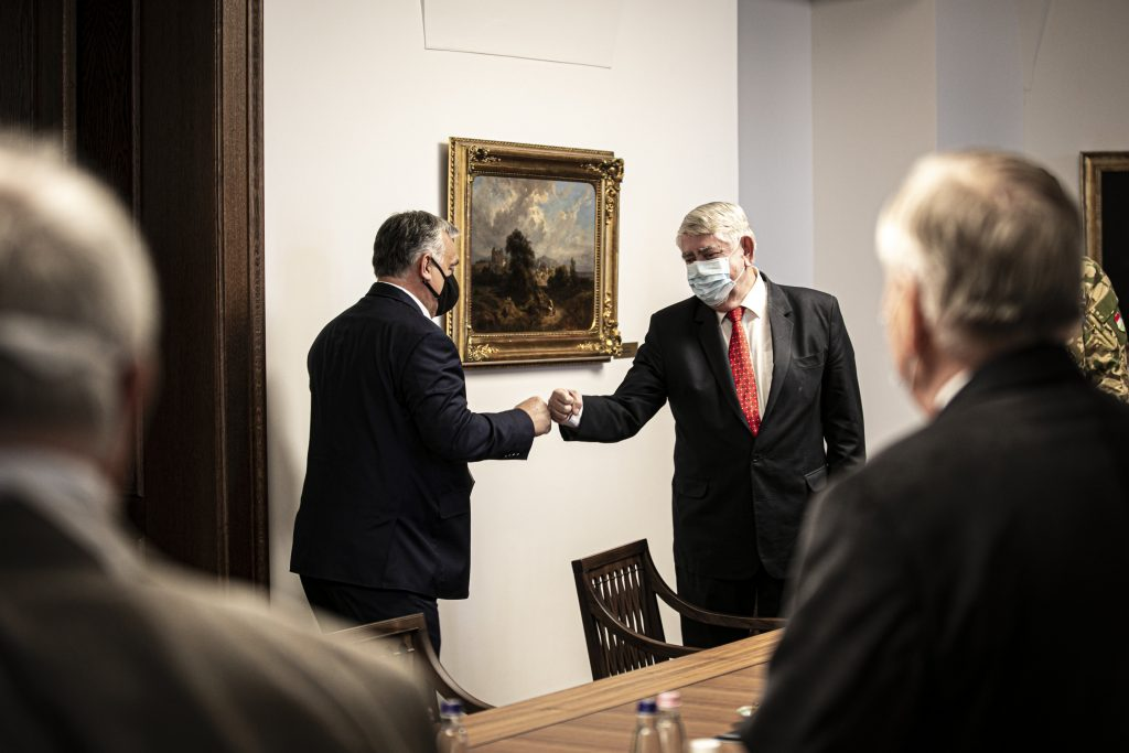 Coronavirus: Orbán Discusses National Vaccination Plan with Medical Research Council post's picture