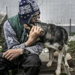 Photojournalist Receives Hemző Award for Depicting Dog-Human Relationships