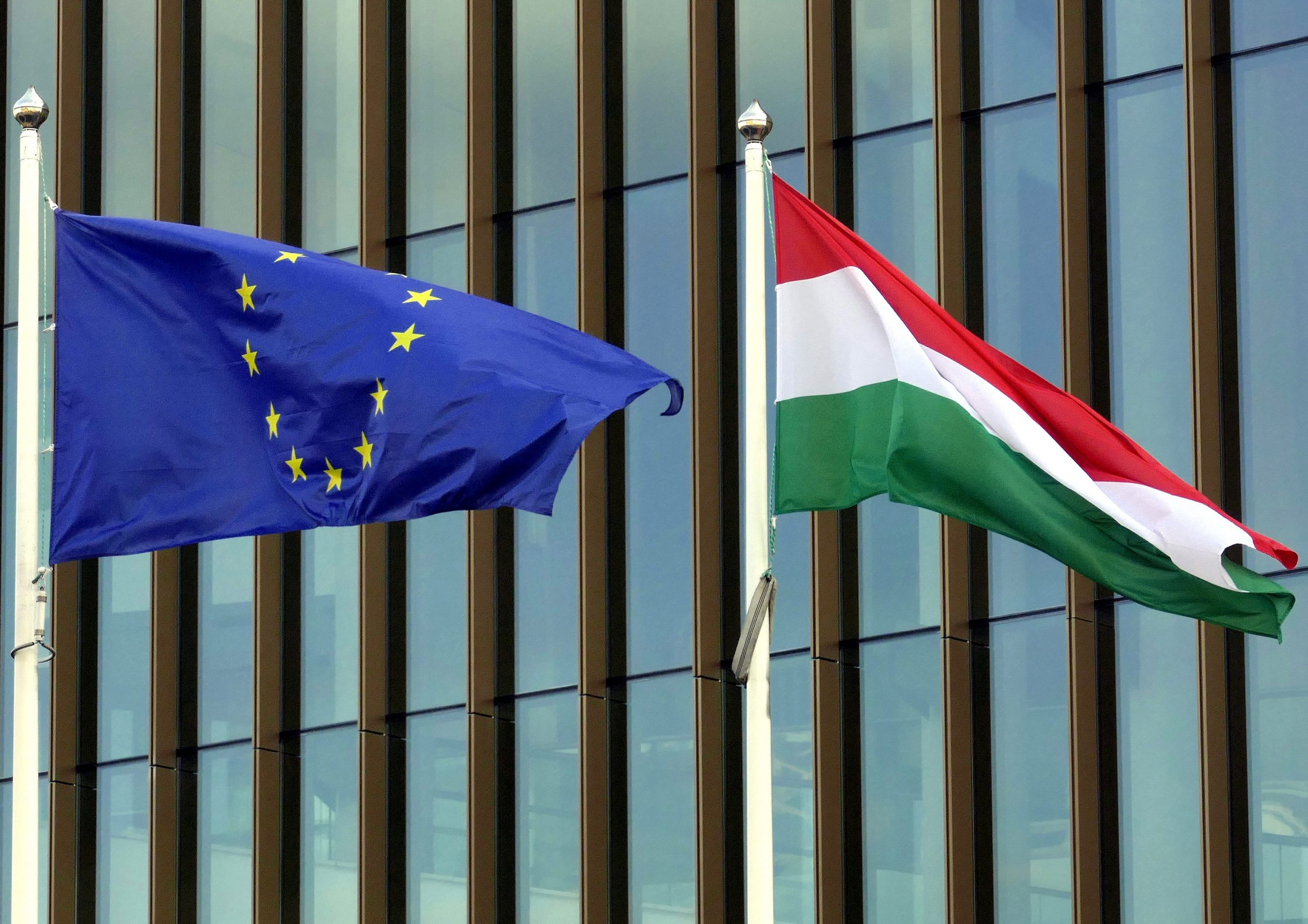 Record Support for Hungarian EU Membership, says Medián Survey