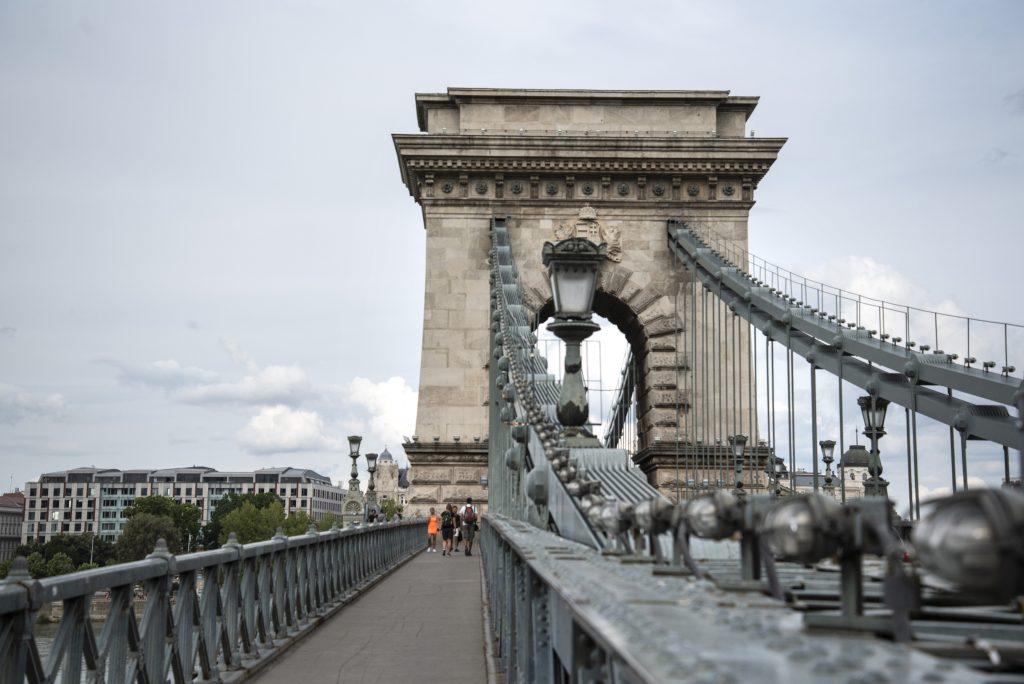 Chain Bridge Renovation Tender Receives 'Favourable Bid' post's picture