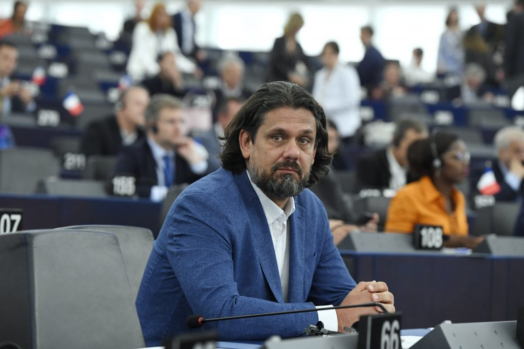 Fidesz MEP Deutsch Apologises to EPP for Harsh Criticism post's picture