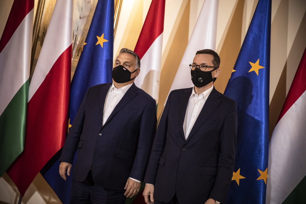 Hungarian Press Roundup: Rule of Law Controversy Drags on post's picture