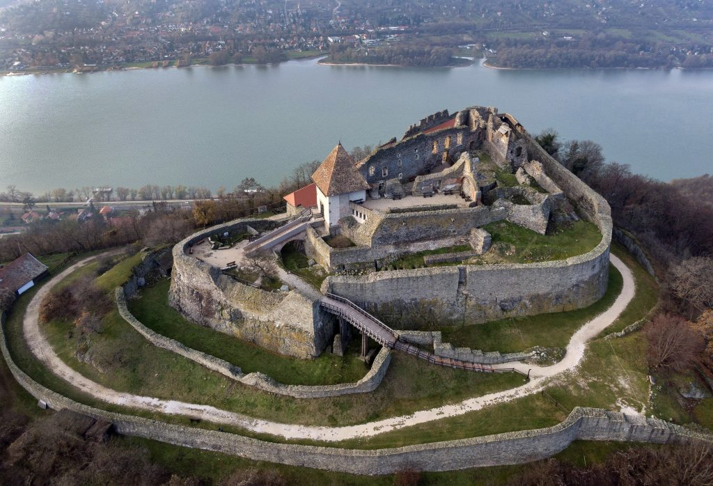 Visegrád Castle to be Refurbished by Gov't for 700th Anniversary post's picture