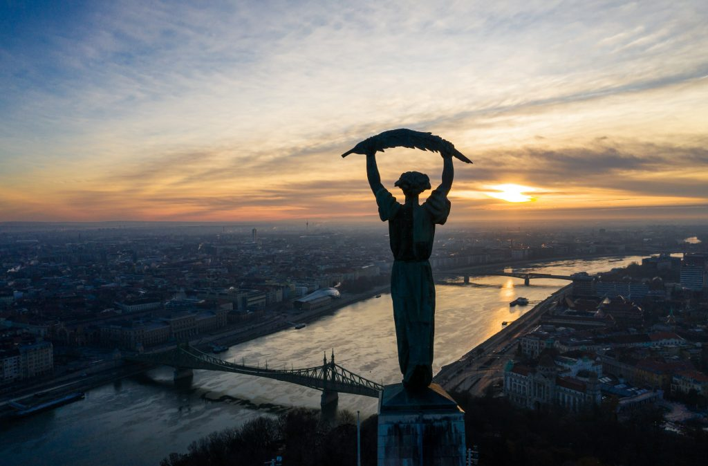 Sky Above Budapest Broadcast to Mark Summer Solstice on Yoko Ono's Initiative post's picture