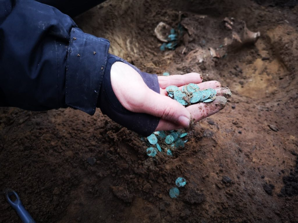 Thousands of Medieval Coins Unearthed in Újlengyel post's picture