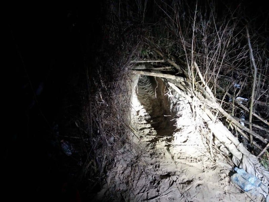 Police Find Fresh Tunnel under Serbia-Hungary Border post's picture