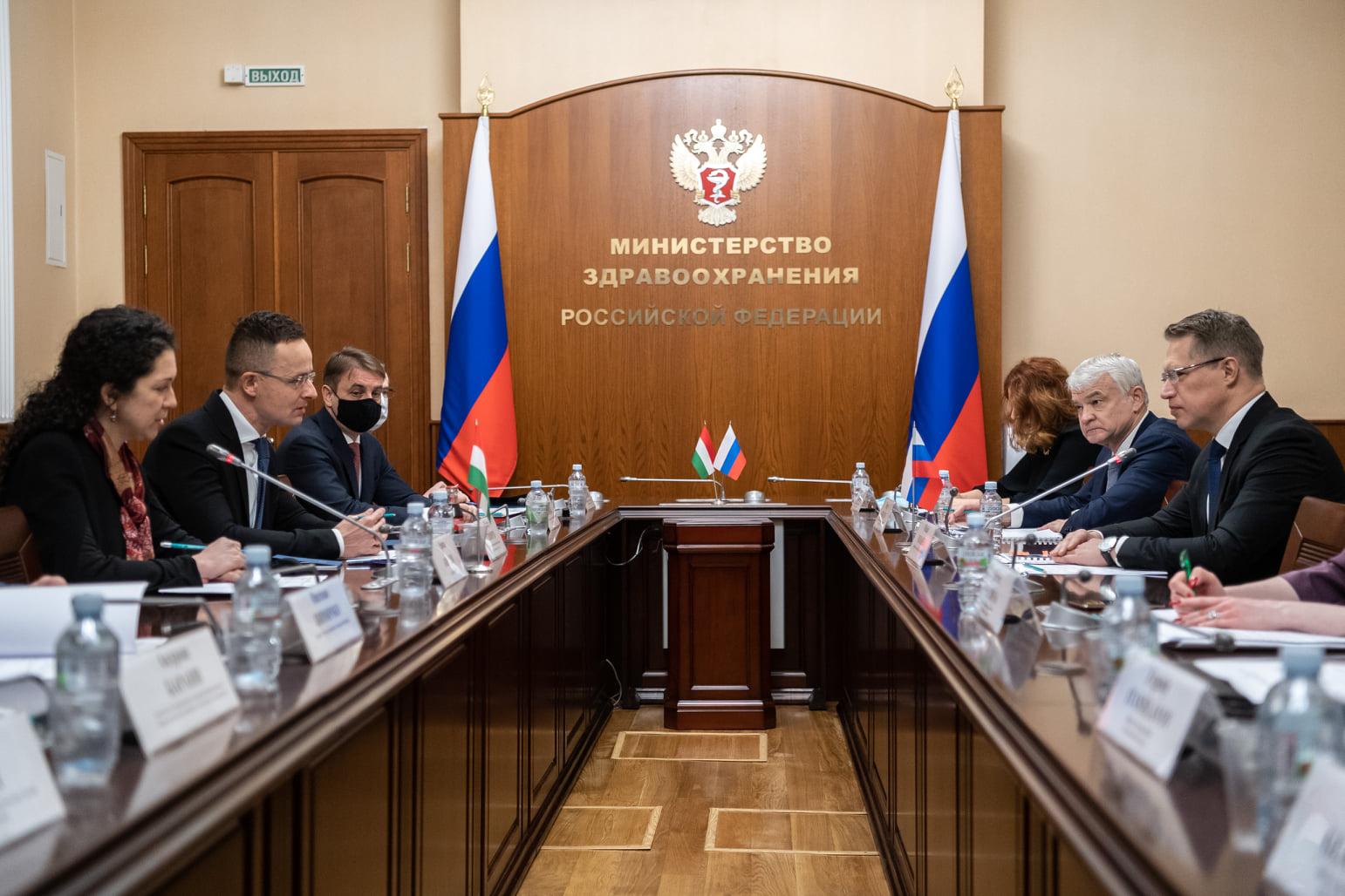 Coronavirus: Hungary to Buy Large Amount of Russian Vaccine
