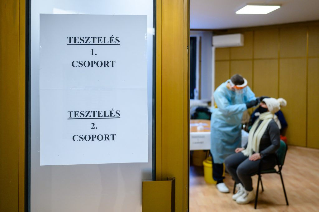 DK: 1.5 m Coronavirus Tests 'Locked Away from Public' post's picture