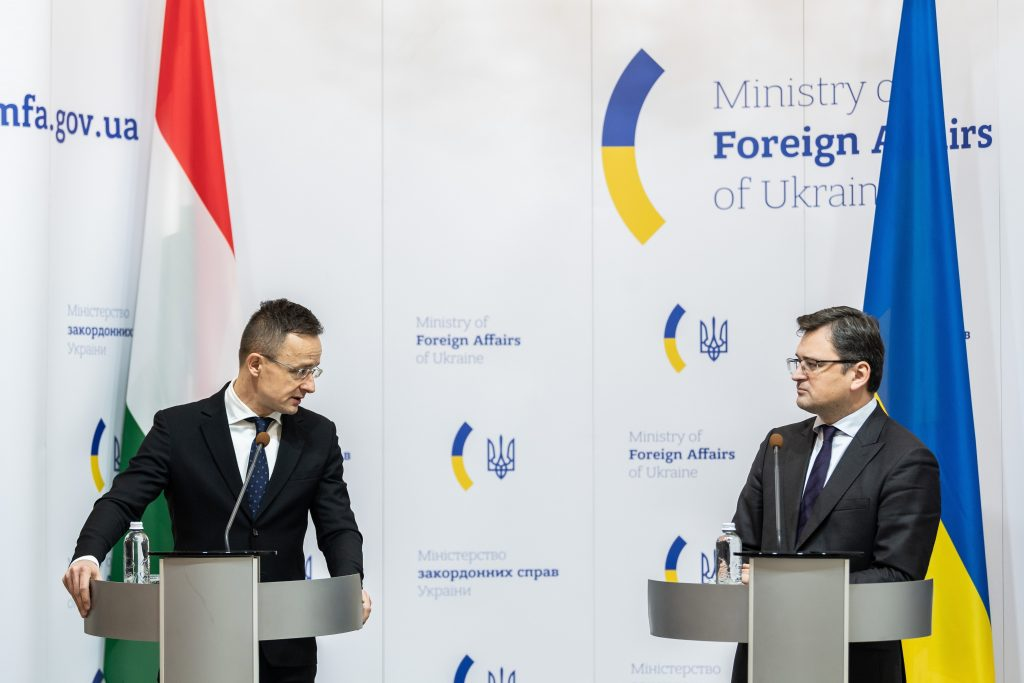 FM Szijjártó: 'Extreme Elements' Must Be Cut from Hungary-Ukraine Ties post's picture