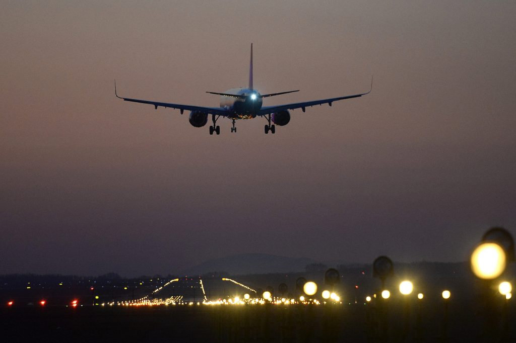 Coronavirus: UK Planes Allowed into Hungary from Midnight post's picture