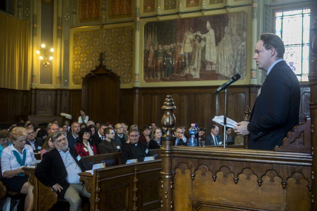 New Fidesz MEP to 'Advance Dialogue between Fidesz, EPP' post's picture