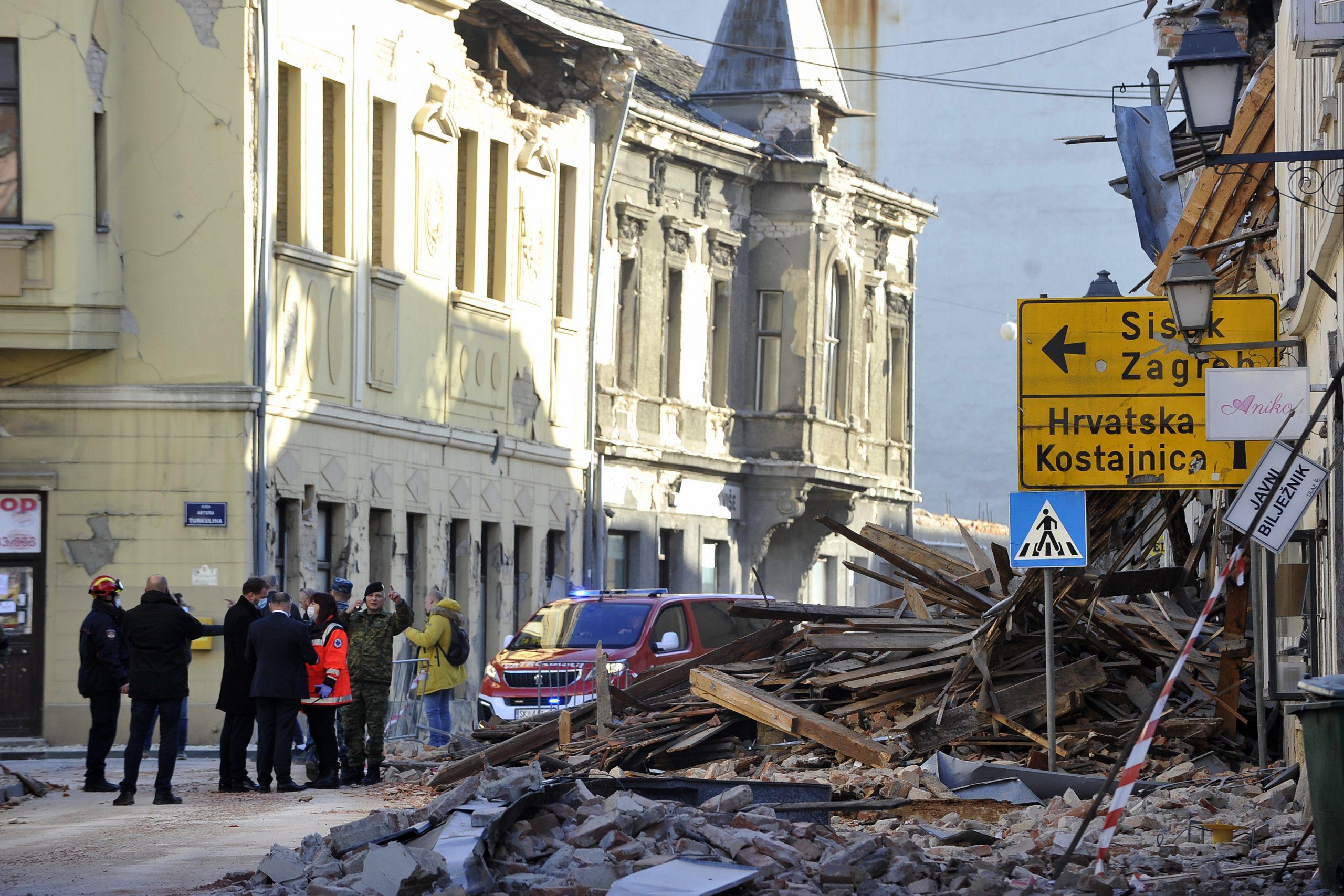 Hungary to Send Containers to Earthquake-Hit Croatia