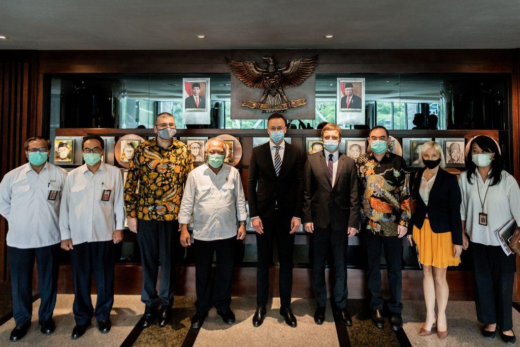 Szijjártó: Indonesian Investment Biggest Hungarian Tech Export So Far post's picture