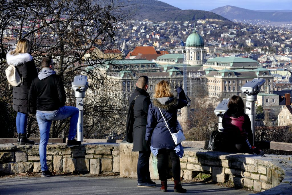 Fidesz-led Municipalities Received 500x More Tourism Support Than Opposition-led Ones post's picture