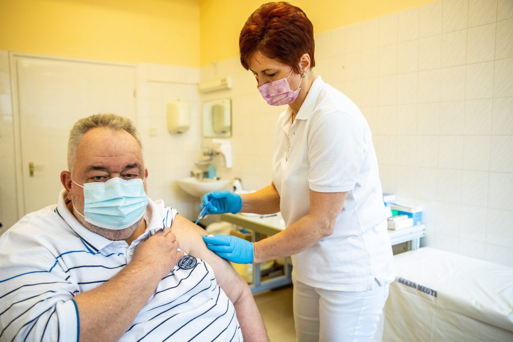 Coronavirus: Hungary to Have Inoculated 800,000 by End of Week post's picture