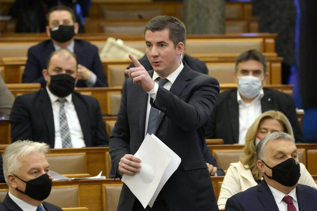 Fidesz to Submit Anti-Paedophile Bill to Parliament post's picture
