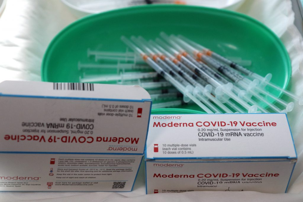 'Slowly-delivered' Moderna Vaccines Too Pricey for Hungary? post's picture