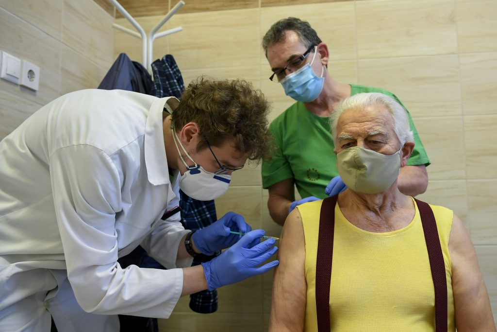 Socialists Call for Bonus for GPs per Each Vaccinated Patient post's picture