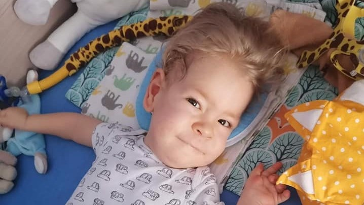 Family Succesfully Raises HUF 730 Million for Treatment of SMA Toddler Zsombor post's picture