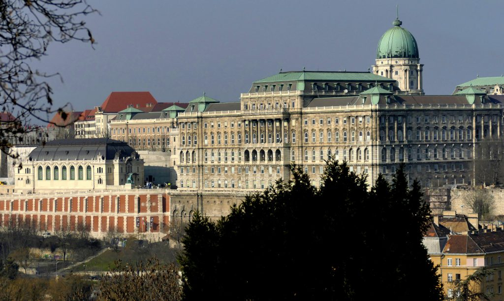 DW Apologizes for 'One-Sided' Buda Castle Report post's picture