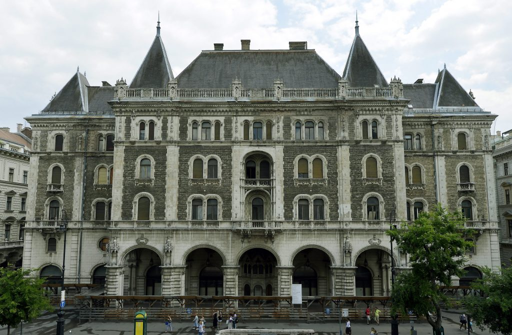 Five-Star Hotel to Open in Budapest Landmark Drechsler Palace in 2022 post's picture