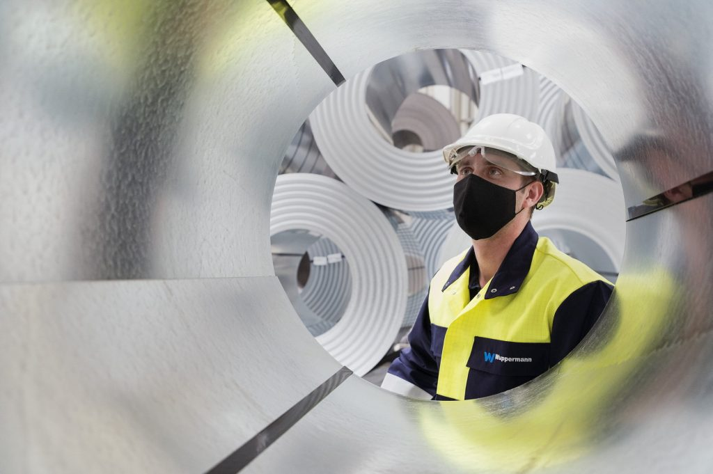 Wage Growth Slows to 3.5% in June post's picture