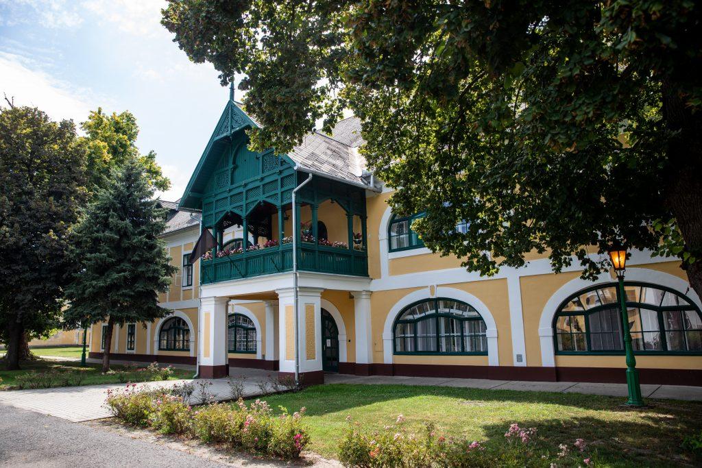 LMP Calls on Govt to Drop Privatization Plans for Mezőhegyes Stud Farm post's picture
