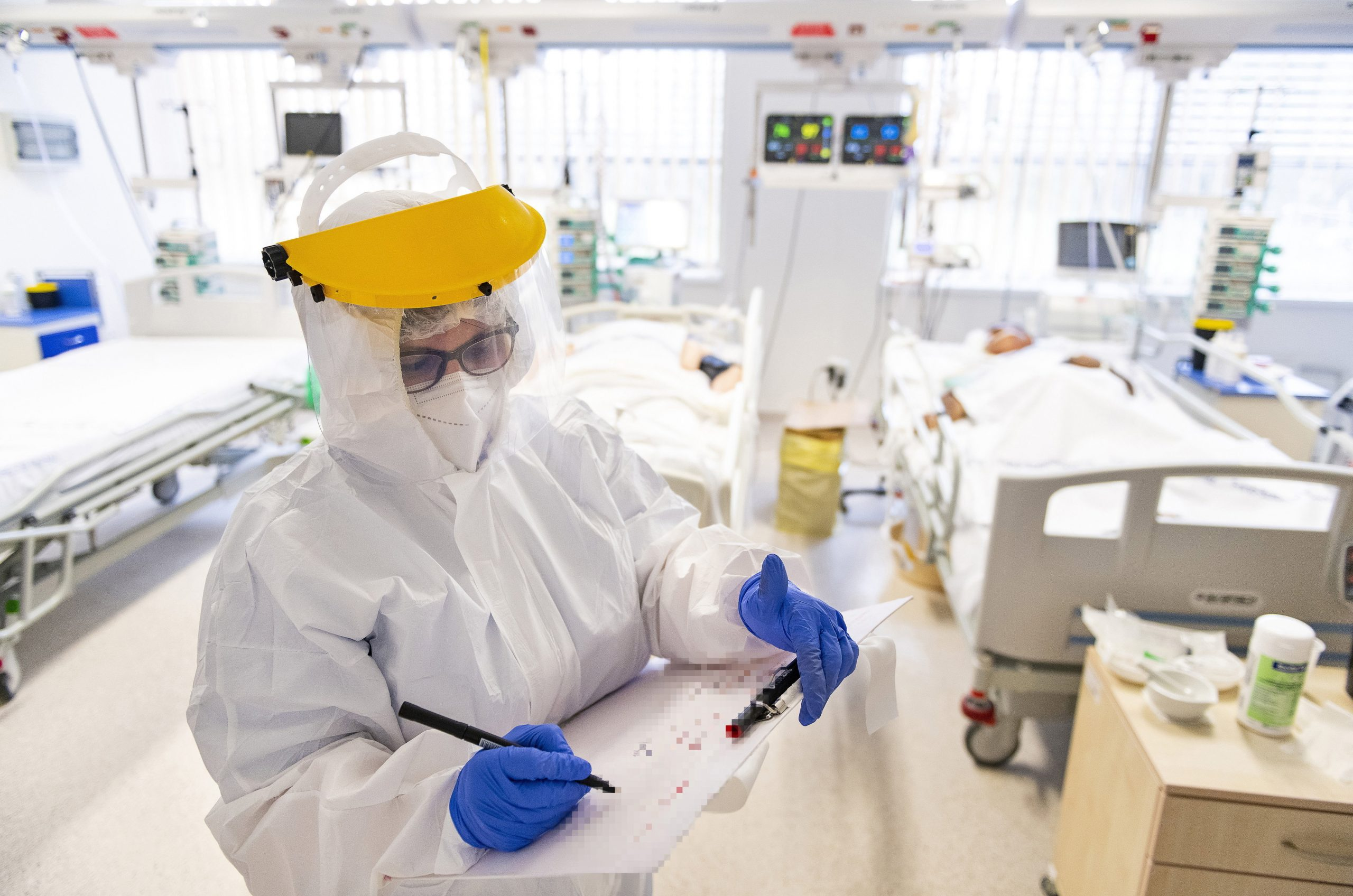 Coronavirus in April: From the Darkest Days of the Pandemic to Reopening Step-by-step