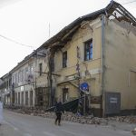 Hungarian Construction Companies Send Containers to Earthquake-hit Croatia
