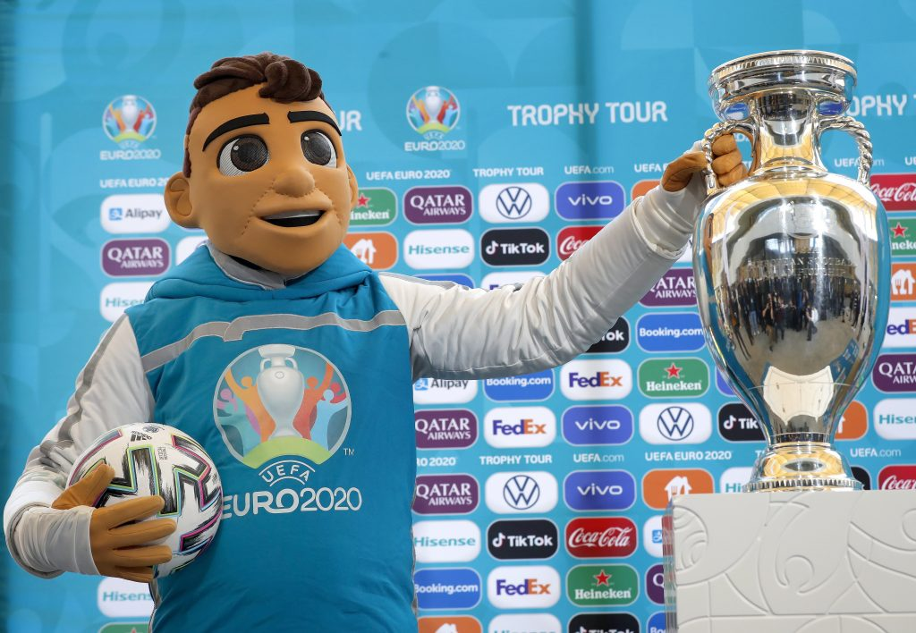 EURO 2020: Trophy to Arrive in Hungary post's picture