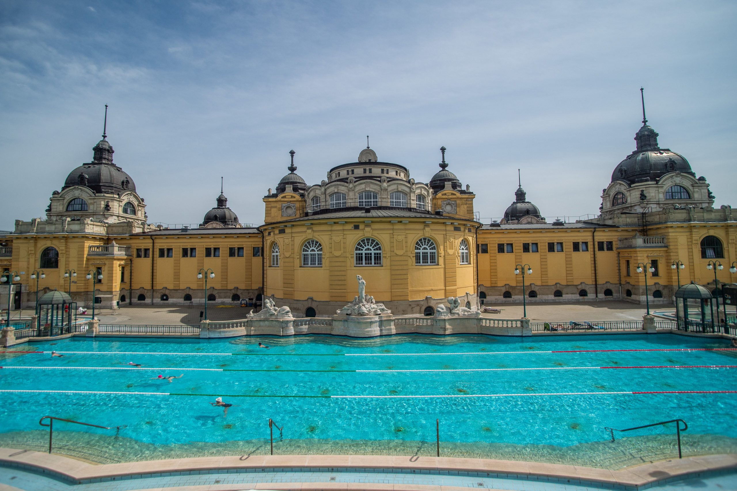 Budapest Spas and Baths Gradually Reopening Under Strict Hygiene Rules