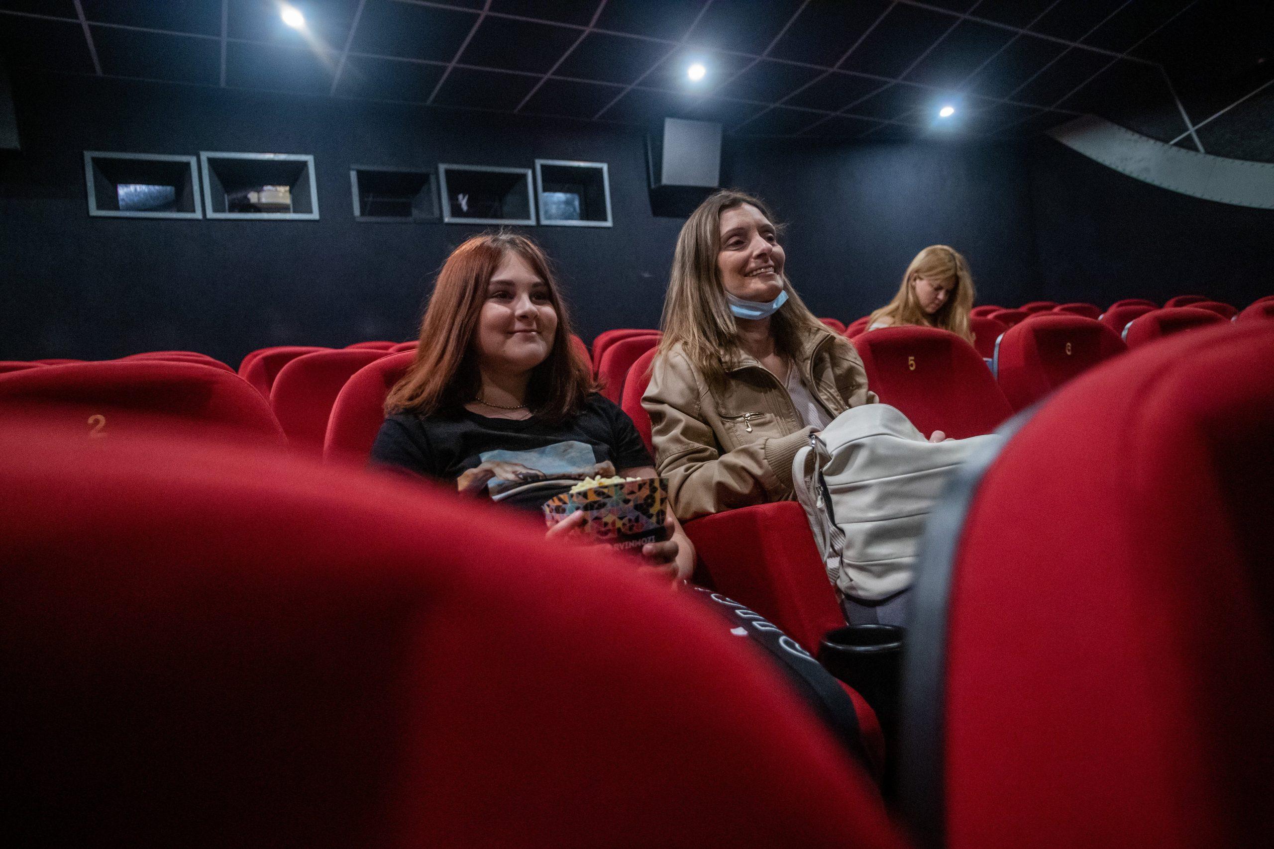 Box Office Sales Tank in Hungary's Cinemas on Reopening Weekend