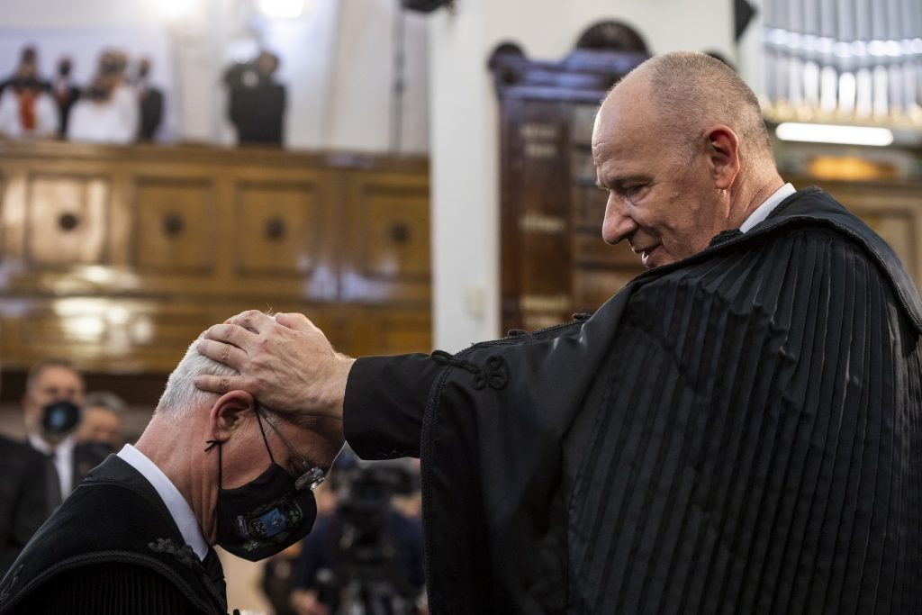 Former Minister Balog Ordained Reformed Church Bishop post's picture