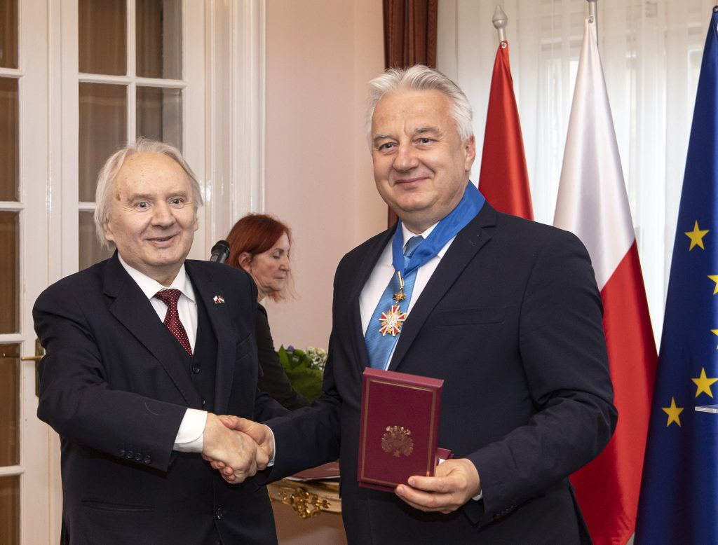 Deputy PM Semjén Receives High Polish State Award post's picture
