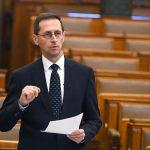 Finance Minister Details Tax Rebates for Parents Raising Children