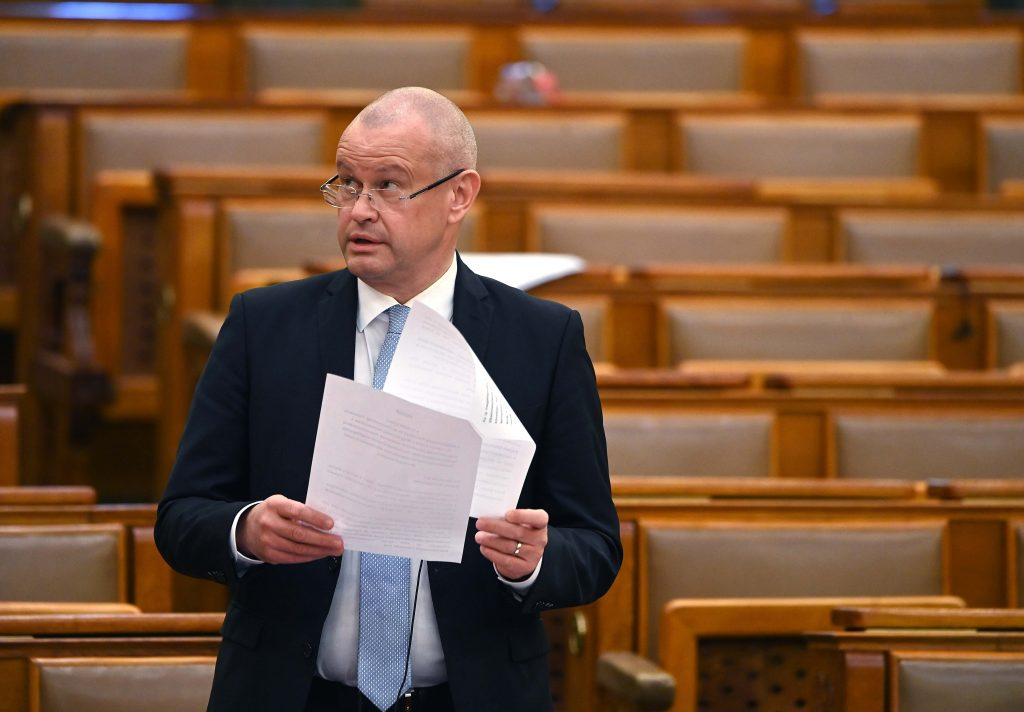Govt Official: Hungary Not to Introduce Property Tax post's picture