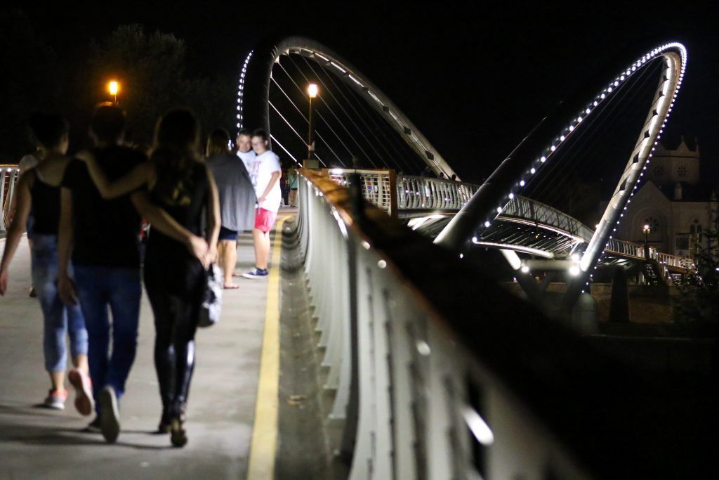 Szolnok's Tiszavirág Bridge Elected Hungary's Most Beautiful in 2021 post's picture