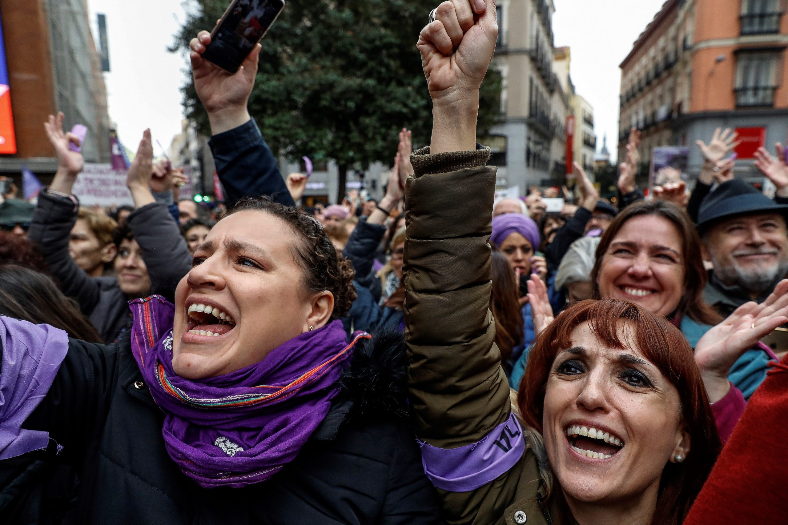 Press Roundup: Dispute Over Gender and Women's Rights