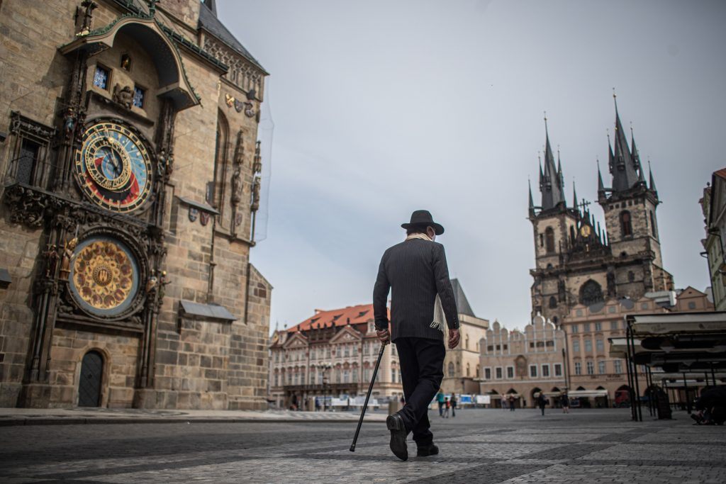 Hungary Reaches Deal with Czechia on Unrestricted Travel for Inoculated post's picture